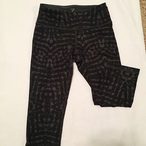 BYZELLA cropped leggings
